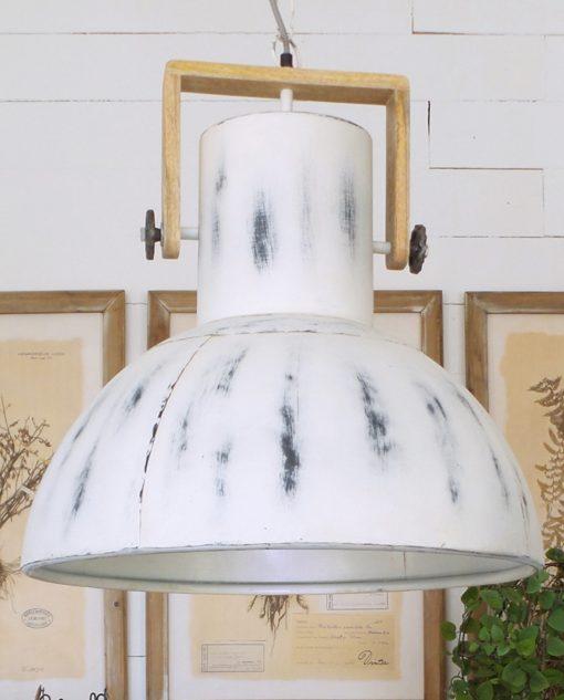lampadario moderno metallo e legno naturale