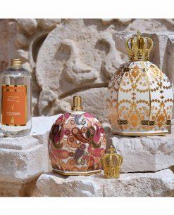 lampade catalitiche porcellana decorata con tappo corona e fragranza baci milano royal family