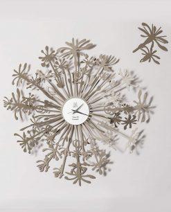 orologio da parete particolare modello soffione composto da due elementi colore sabbia arti e mestieri