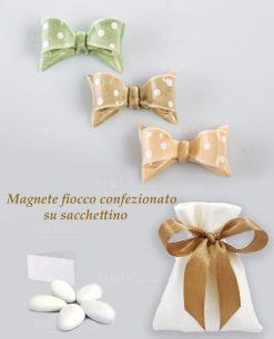 sacchettino in cotone bianco rigato con magnete fiocco