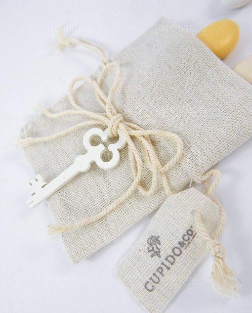 sacchetto avorio con chiave legno