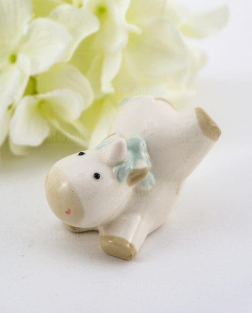sculturina unicorno con criniera verde