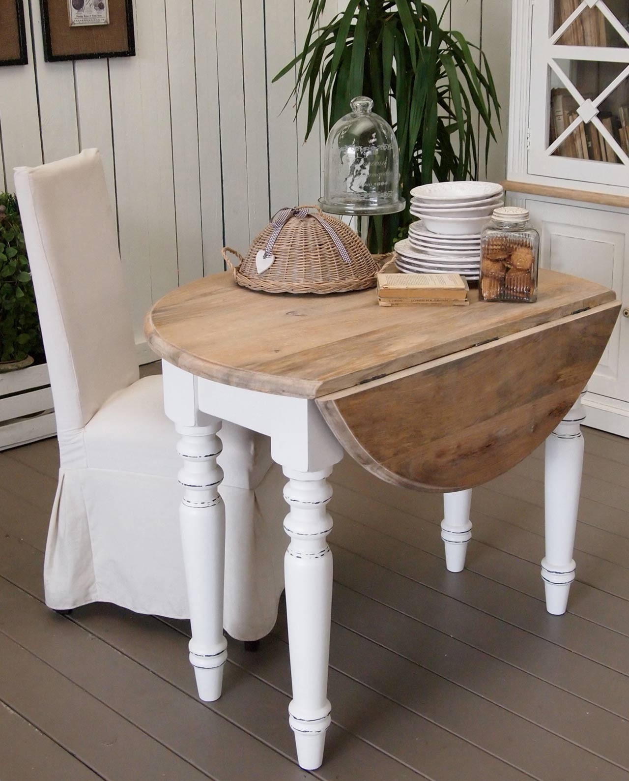 Tavolo consolle tondo legno pino white coast mobilia for Mobilia store cucine