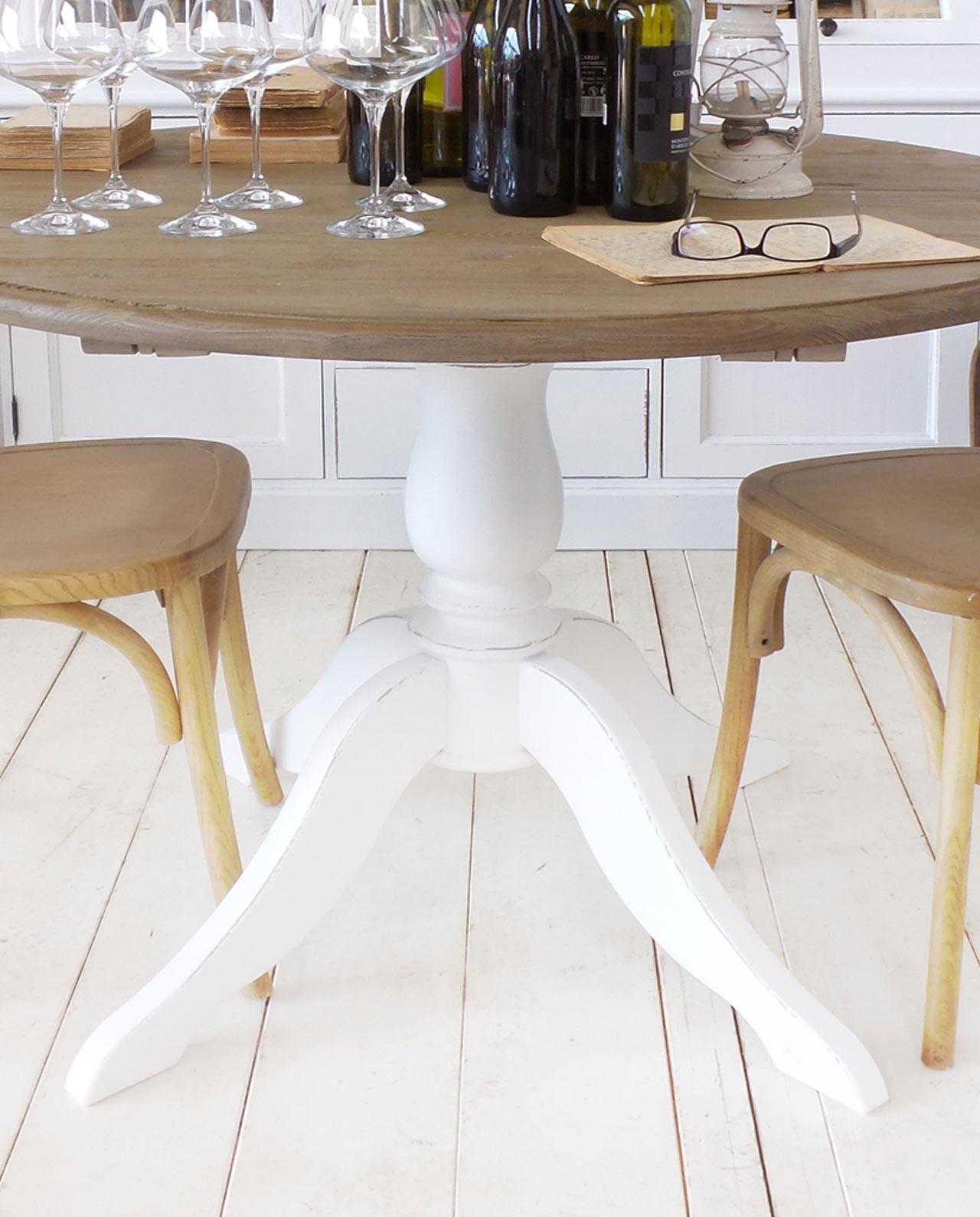 Tavolo rotondo con prolunghe legno pino decapato midtown for Mobilia store cucine