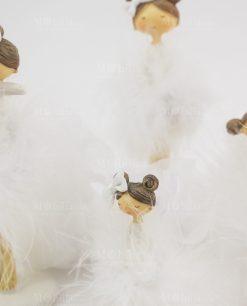 bamboline in piedi con tutù grandi e piccole