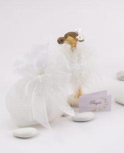 bomboniera bambolina in piedi piccola con sacchetto bianco e fiocco a 4