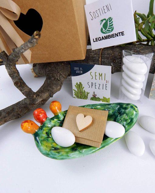 bomboniera ciotola pala fico dindia ceramica siciliana con confetti scatola e semi di spezie