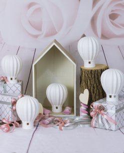 bomboniera lampada led mongolfiera bianca con scatole e nastro rosa