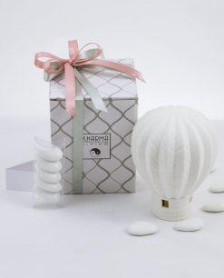 bomboniera lampada mongolfiera porcellana bianca con scatola e fiocco rosa