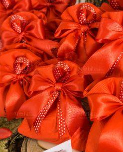 bomboniera sacchettino rosso con fiocco