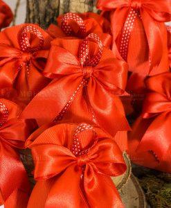 bomboniera sacchettino rosso con fiocco e nastro rosso a pois bianchi