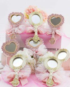 bomboniera specchietto bianco e rosa ovale e cuore con sacchetto tulle linea princess ad emozioni