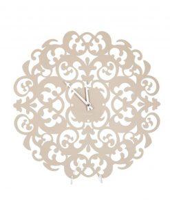 orologio stile barocco con motivi floreali
