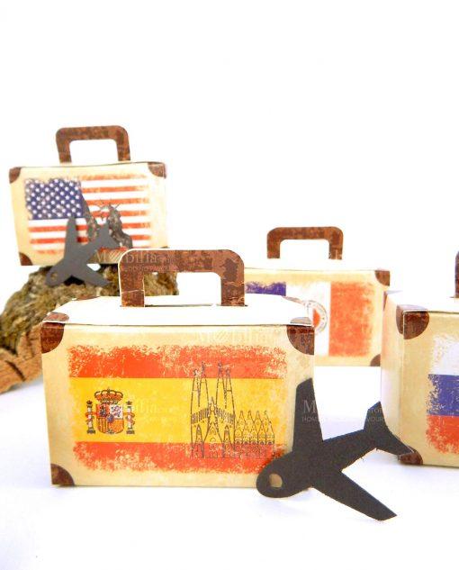 portaconfetti a valigetta con decori assortiti