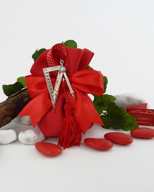 sacchetto rosso con compasso