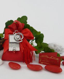 sacchetto rosso rigato con applicazione computer 1