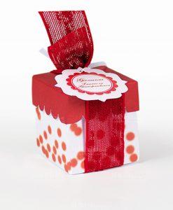 scatola cartoncino bianco e rosso con pois rossi