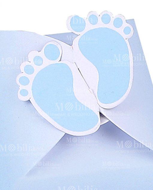 scatola cartoncino celeste con piedini bimbo