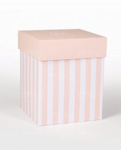 scatola quadrata alta con coperchio rosa cipria