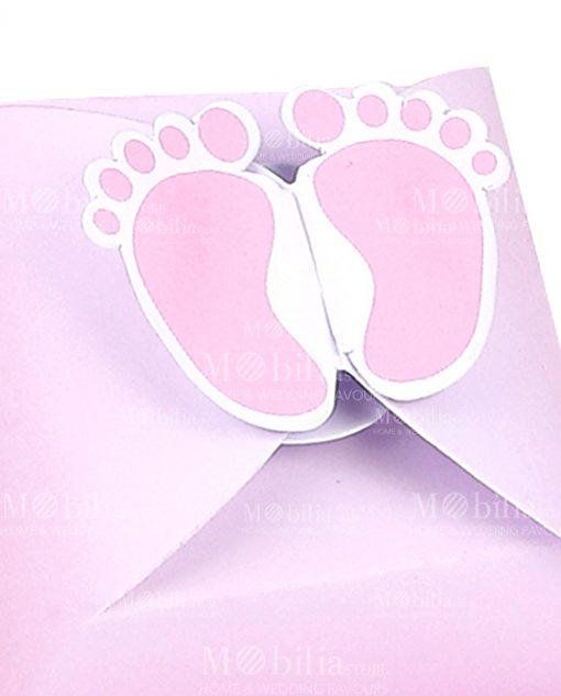 scatola quadrata con piedini rosa