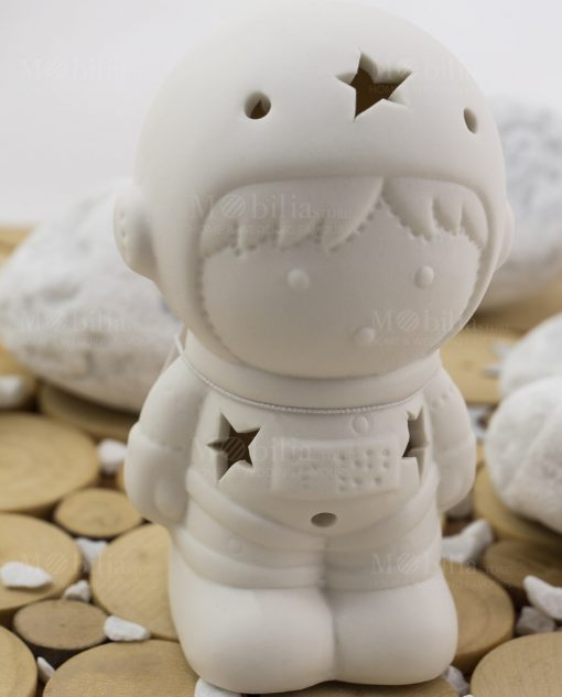 astronauta con led linea space ad emozioni