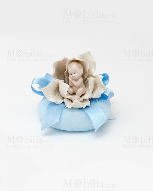 bimbi che dormono con sacchetto puff azzurro con nastrino raso azzurro linea baby flower ad emozioni