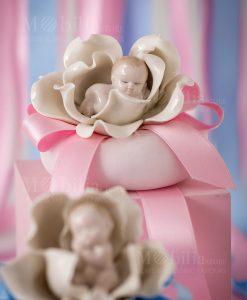 bimbi che dormono tre modelli assortiti linea baby flowers foto ambientata ad emozioni