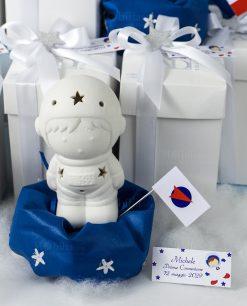 bomboniera lampada led astronauta su sacchetto puff blu con stelline