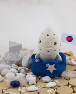 bomboniera missile con bandierina con led con sacchetto blu con stelline argentate con bandierina linea space ad emozioni