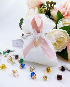 bomboniera sacchetto con fiocco raso e ciondolo cristallo sfaccettato vari colori