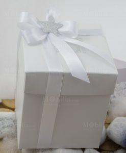 bomboniera scatola bianca con doppio fiocco con stellina argentata linea space ad emozioni