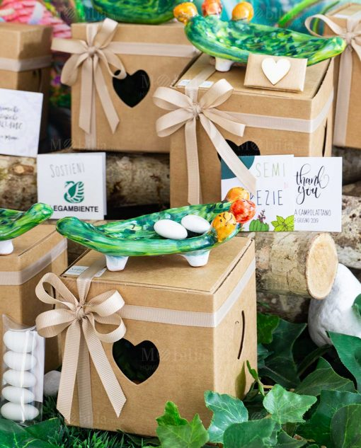 bomboniera solidale svuotatasche pala di fico dindia ceramica artigianale sicilia scatola cartoncino fiocco a 4 tortora