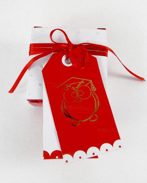 box cartoncino bianco con gufo e targhetta rossa