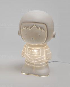 lampada astronauta porcellana linea luce ad emozioni