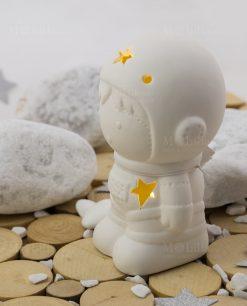 lampada led astronauta porcellana biancalinea space ad emozioni