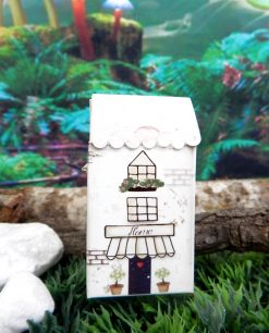 portaconfetti cartoncino a forma di casetta