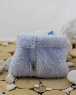 retro sacchetto azzurro pelliccia particolare delletichetta linea coccole polari ad emozioni