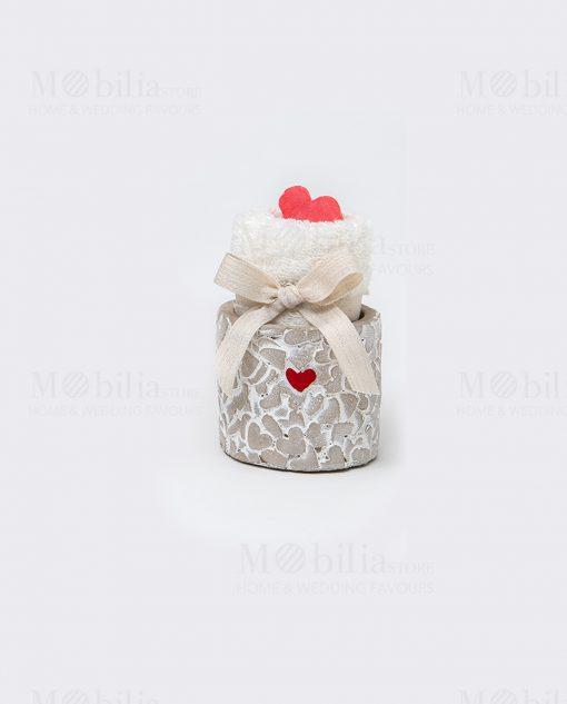 vaso cemento piccolo con cuore rosso con lavette con cuoricino saponetta rosso linea cuoricini ad emozioni