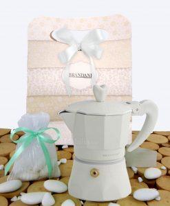 bomboniera caffettiera love me express colore avorio con bag con sacchetto e confetti brandani