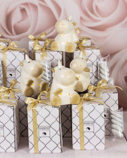 bomboniera lampada porcellana unicorno forme assortite con nastro oro
