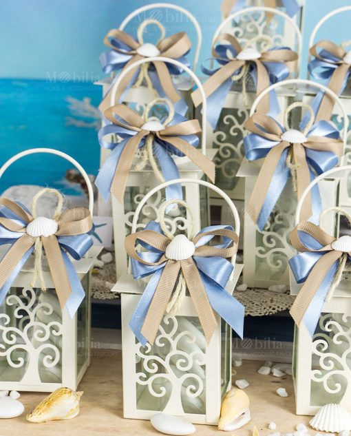 bomboniera lanterna bianca con albero della vita doppio fiocco tortora e blu con conchiglia