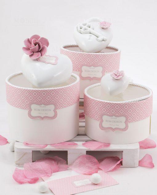 bomboniera profumatore cuore porcellana capodimonte con fiore e con chiave con scatola rotonda linea blush rdm design