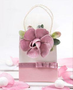 borsetta portaconfetti con fiore rosa porcellana con foglie linea blush rdm design