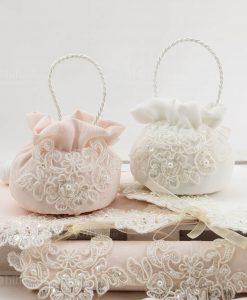 borsetta tonda rosa e bianca con pizzo rebrodè linea forever rdm design