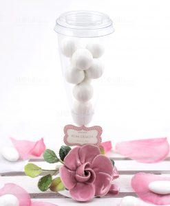 flute con fiore rosa porcellana con confetti bianchi linea blush rdm design