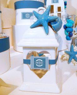 lanterna porcellana capodimonte con foro cuore con stella marina e conchiglia linea oceania rdm design