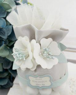 pochette ovale tessuto grigio con fiori bianchi rdm linea sweet memory