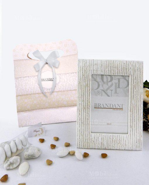 portafoto bianco intrecciato piccolo con bag e tubicino brandani