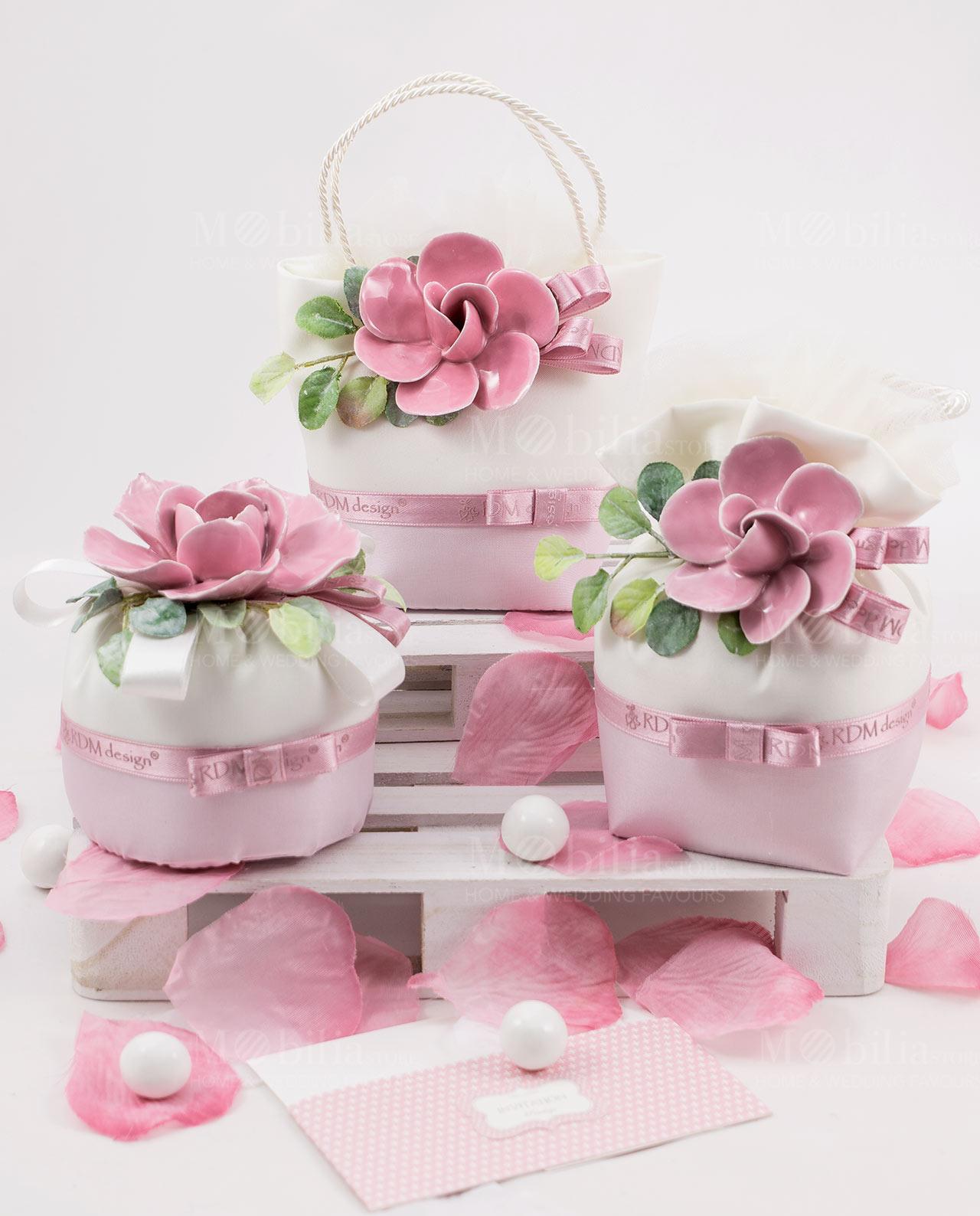Fiori Bianchi Bomboniere.Bomboniera Sacchetto Con Fiore Rosa Linea Blush Rdm Design