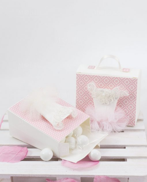scatolina portaconfetti bianca e rosa con confetti con tutù bianco linea prima ballerina rdm design
